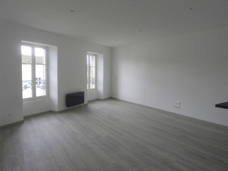 Rental apartment Cognac 605€ CC - Picture 3