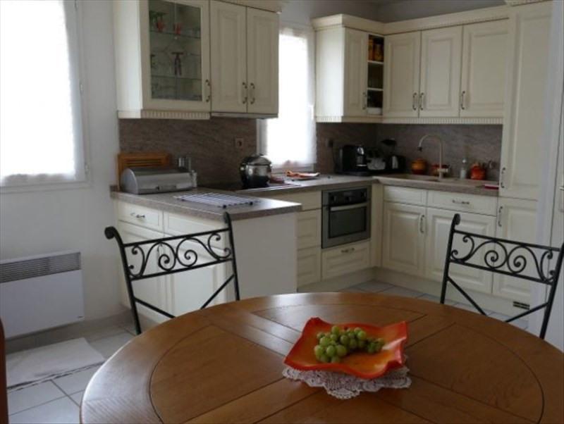 Sale house / villa La londe les maures 315000€ - Picture 3