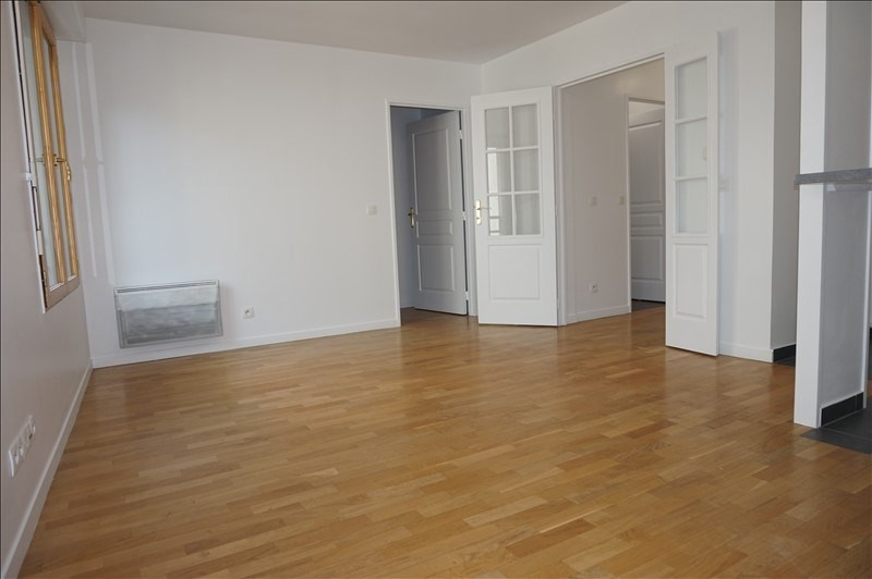 Location appartement Courbevoie 1 150€ CC - Photo 6