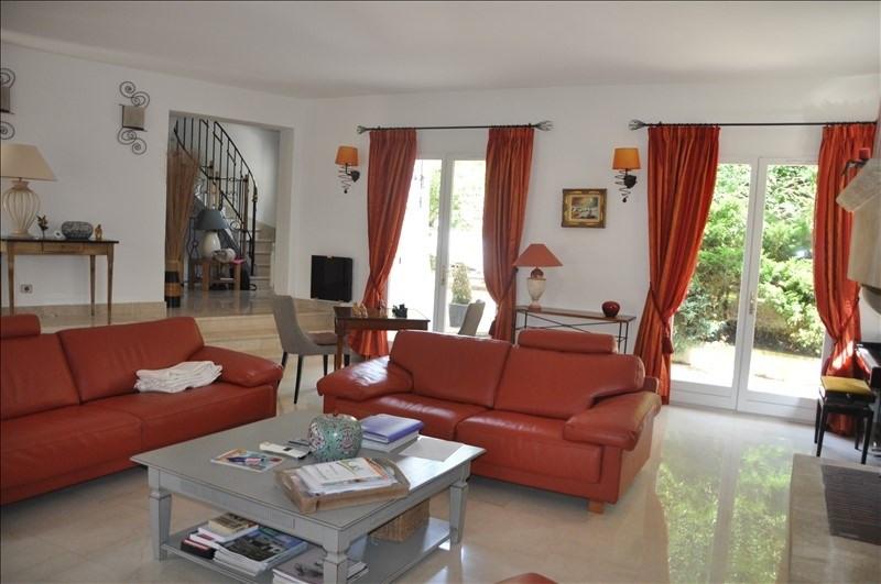 Sale house / villa Feucherolles 990000€ - Picture 4