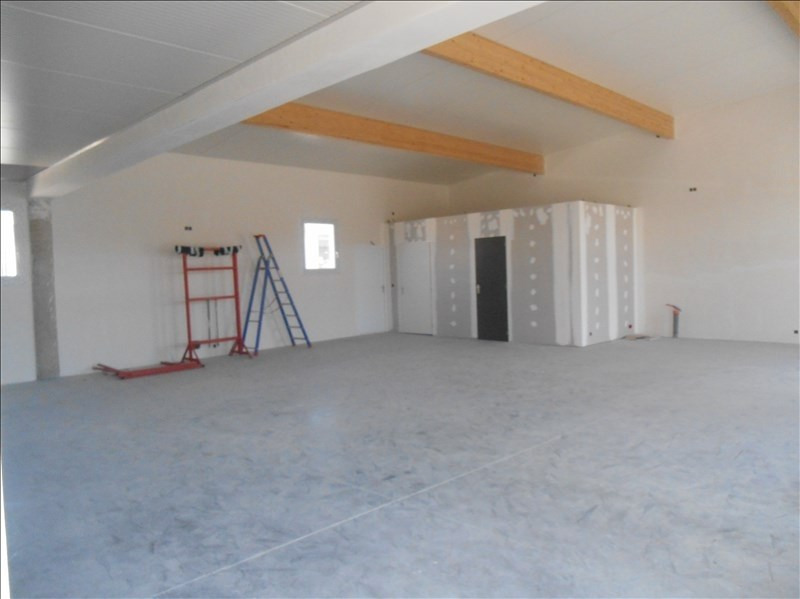Location local commercial Carpentras 2 115€ HT/HC - Photo 2