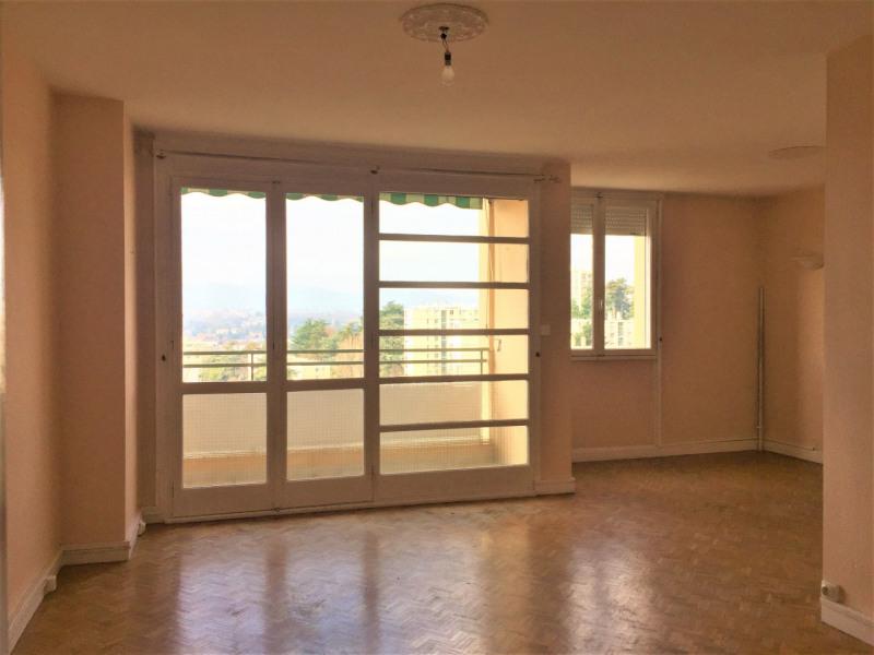 Appartement étage élevé, jolie vue