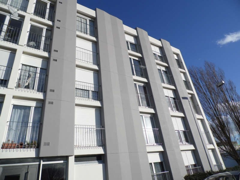 Sale apartment St florentin 55 000€ - Picture 1