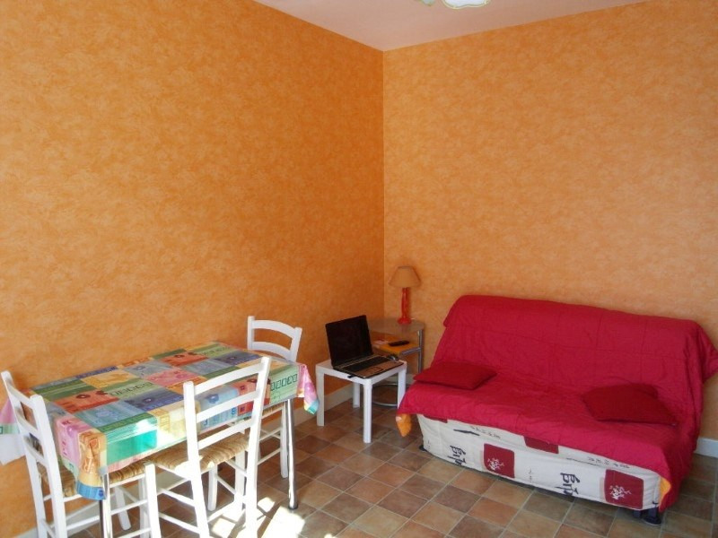 Rental apartment Angeac champagne 423€ CC - Picture 3