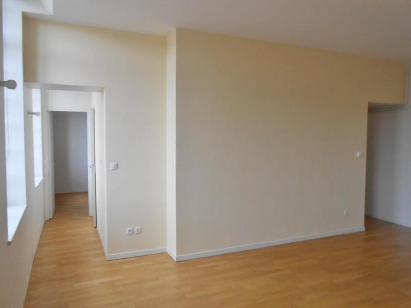 Location appartement Aire sur la lys 415€ CC - Photo 2