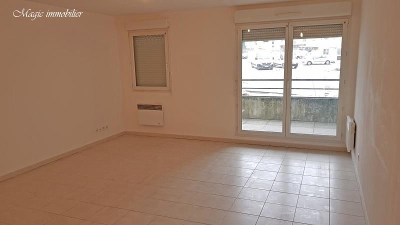 Location appartement Bellegarde sur valserine 566€ CC - Photo 2