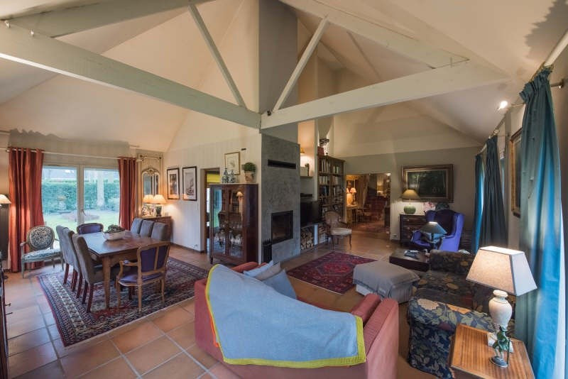 Deluxe sale house / villa Lamorlaye 720000€ - Picture 2