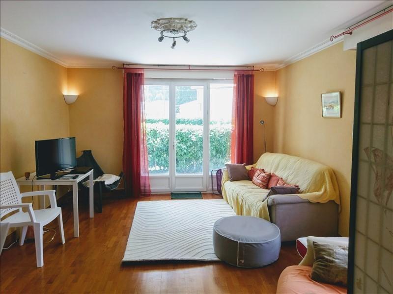 Sale apartment Nantua 147000€ - Picture 2