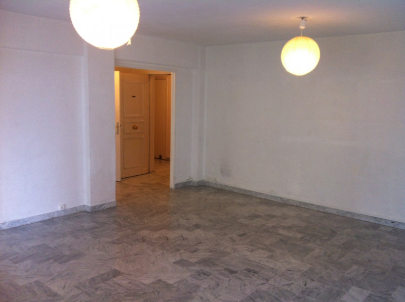 Rental apartment Nice 1025€ CC - Picture 2