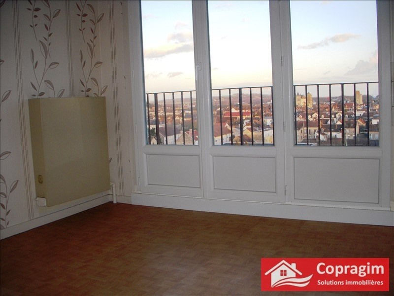 Rental apartment Montereau fault yonne 637€ CC - Picture 2
