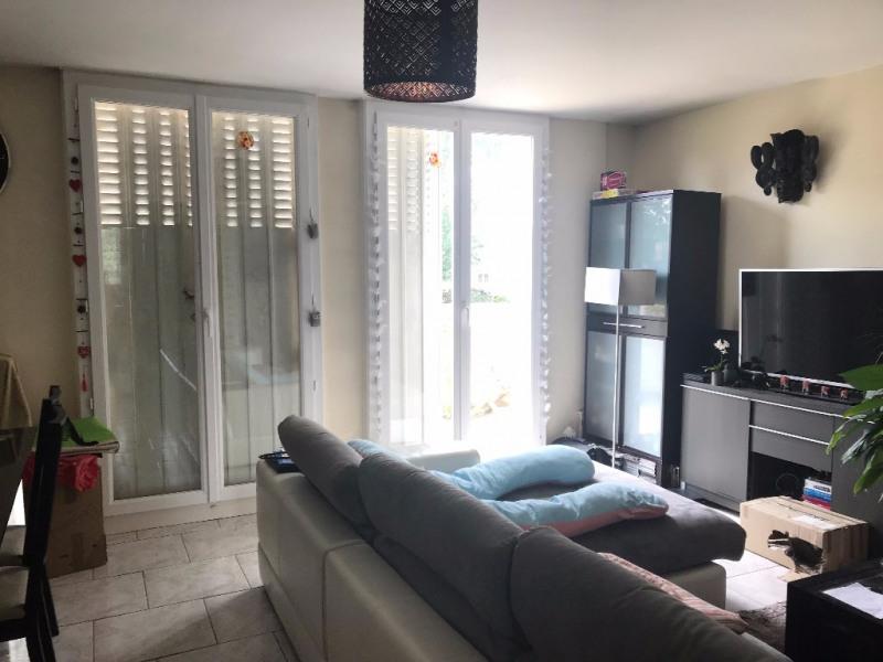 Rental apartment La celle saint cloud 1160€ CC - Picture 1