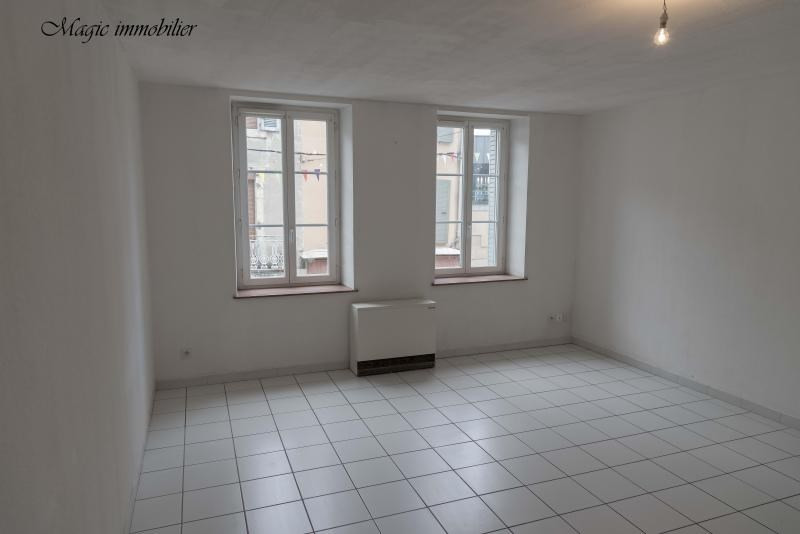 Rental apartment Nantua 371€ CC - Picture 1