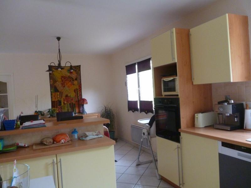 Location maison / villa Aureilhan 850€ CC - Photo 4
