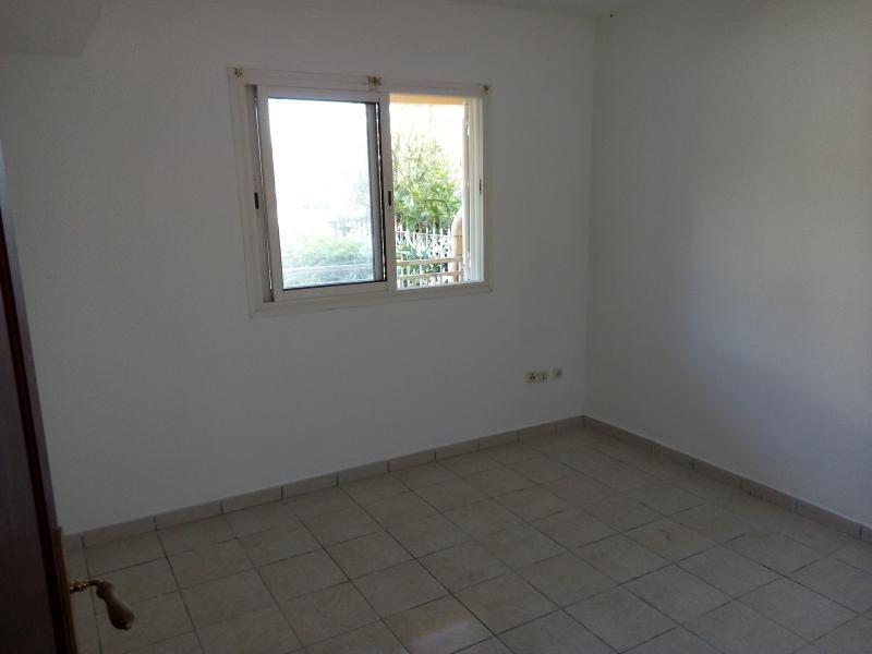 Location appartement Le tampon 670€ CC - Photo 5