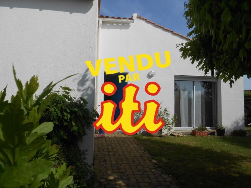 Sale house / villa Chateau d olonne 357000€ - Picture 1