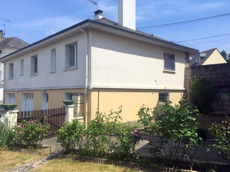 Sale house / villa Laval 190360€ - Picture 1
