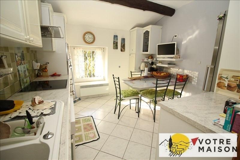 Sale apartment Lambesc 261500€ - Picture 5