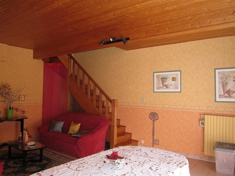 Sale house / villa Barbezieux saint -hilaire 157 000€ - Picture 2