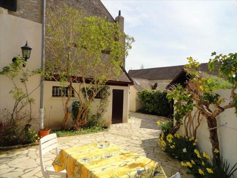 Sale house / villa Feucherolles 535000€ - Picture 1