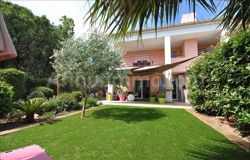 Sale apartment Frejus 329 000€ - Picture 2