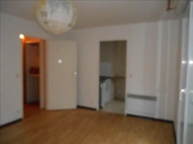 Location appartement Cergy le haut 596€ CC - Photo 2