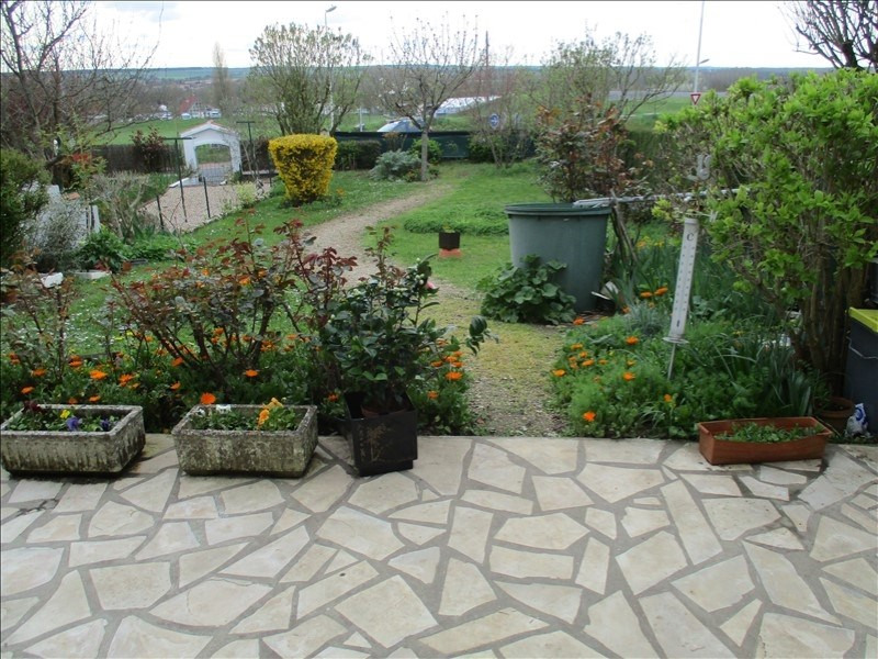 Sale house / villa St jean d angely 137000€ - Picture 4