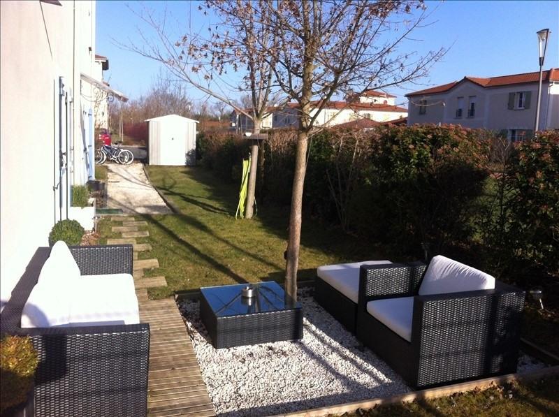 Producto de inversión  apartamento Riorges 105000€ - Fotografía 1