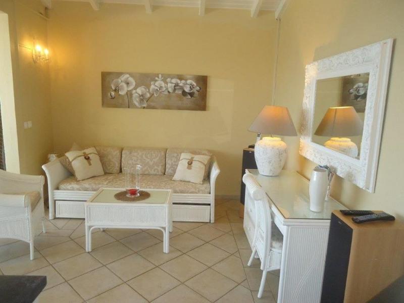 Location appartement Le gosier 1500€ CC - Photo 5