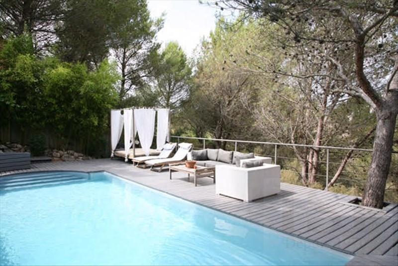 Deluxe sale house / villa Mallemort 590100€ - Picture 1