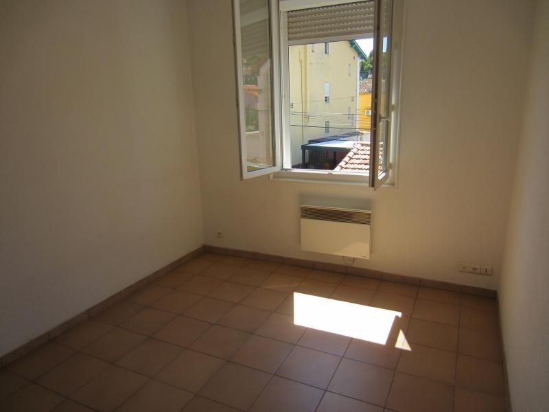 Rental apartment Tamaris sur mer 500€ CC - Picture 2
