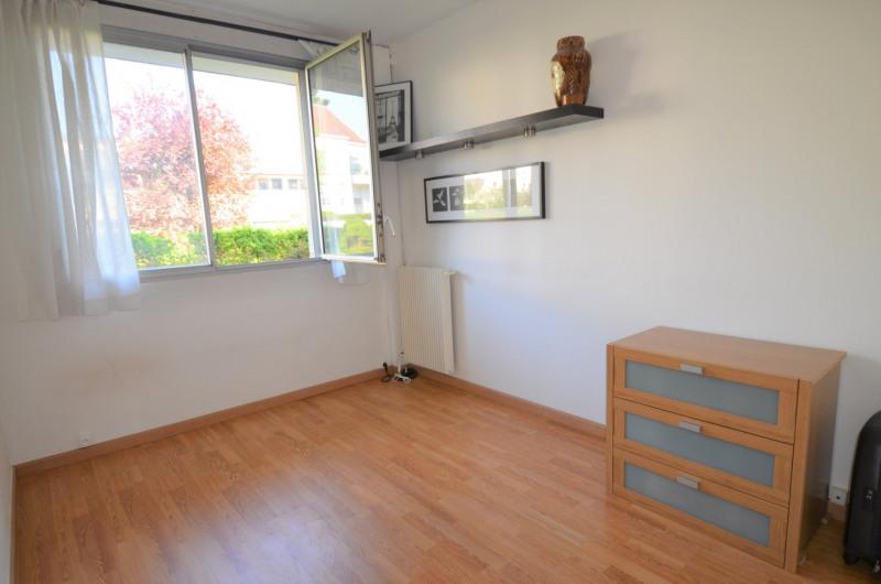 Sale apartment Croissy-sur-seine 298000€ - Picture 2