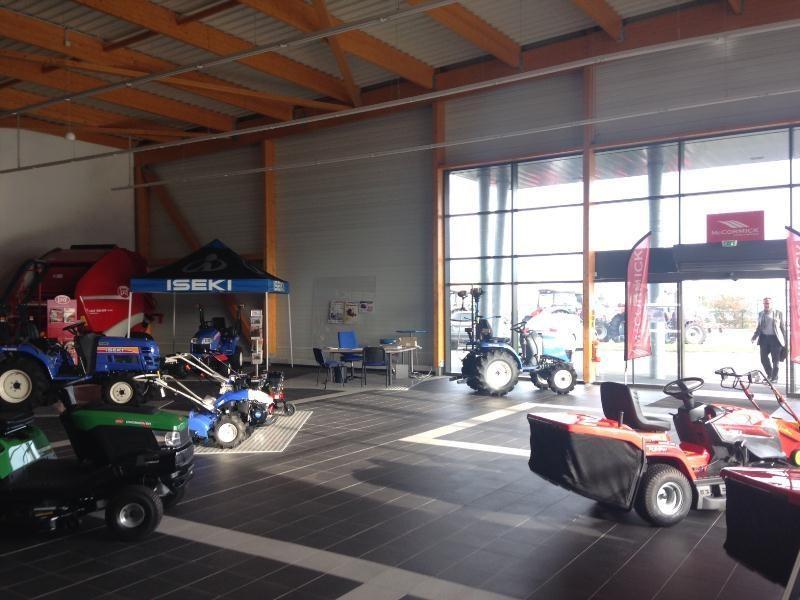 Vente Local d'activités / Entrepôt Le Rheu 0