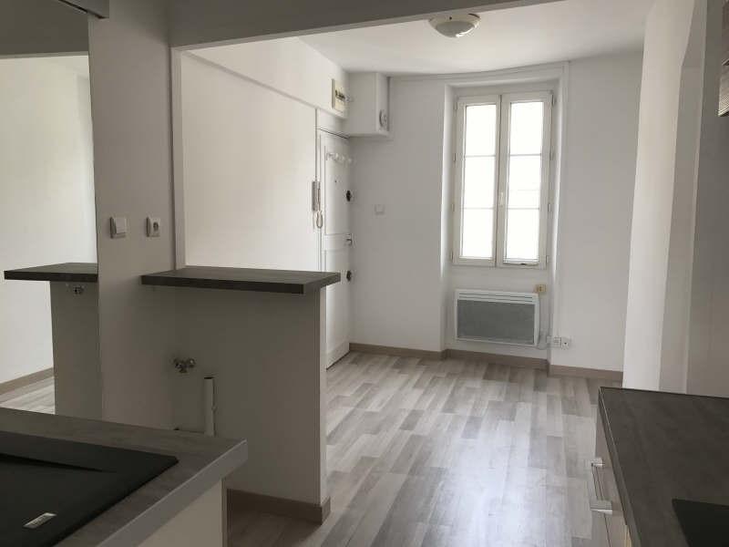 Sale apartment Toulon 110999€ - Picture 1