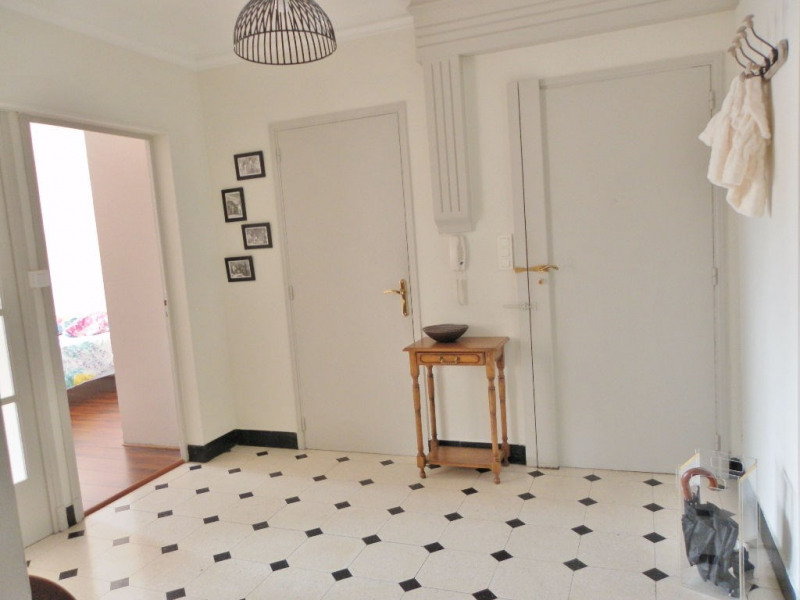 Verkoop  appartement Avignon 238000€ - Foto 6