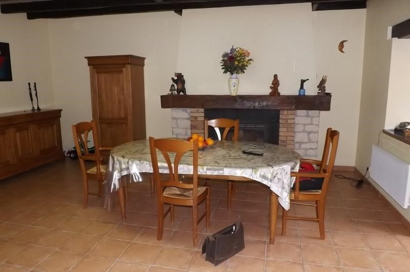 Sale house / villa Montpon menesterol 184 000€ - Picture 3