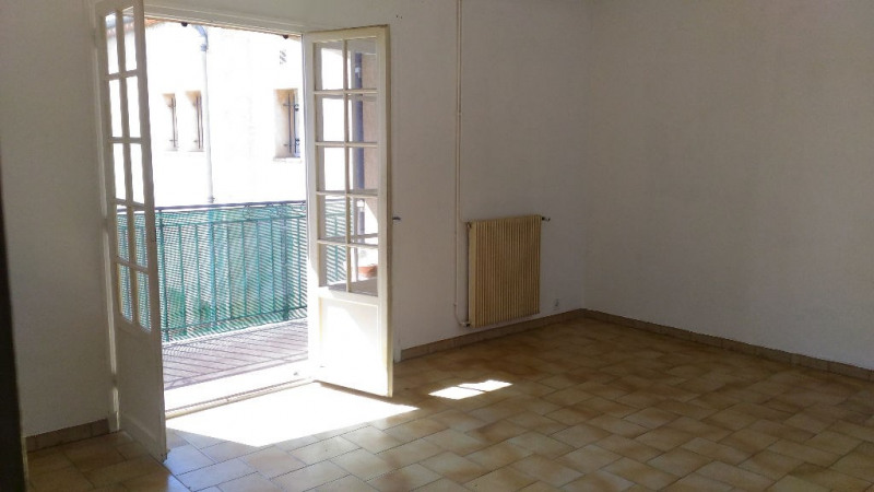 Rental apartment Cagnes sur mer 900€ CC - Picture 1