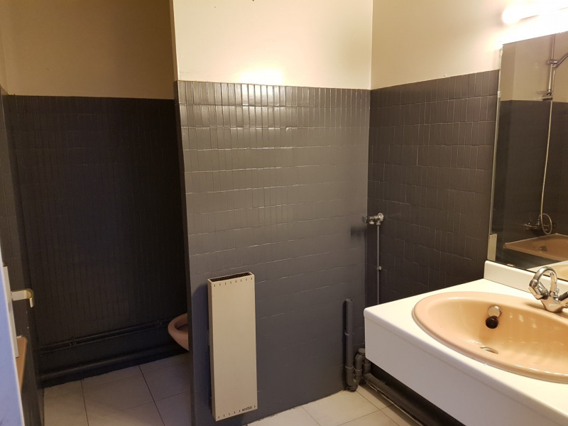 Location appartement Aix en provence 795€ CC - Photo 3