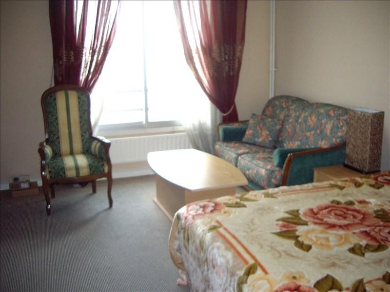 Rental apartment Paris 17ème 2000€ CC - Picture 7