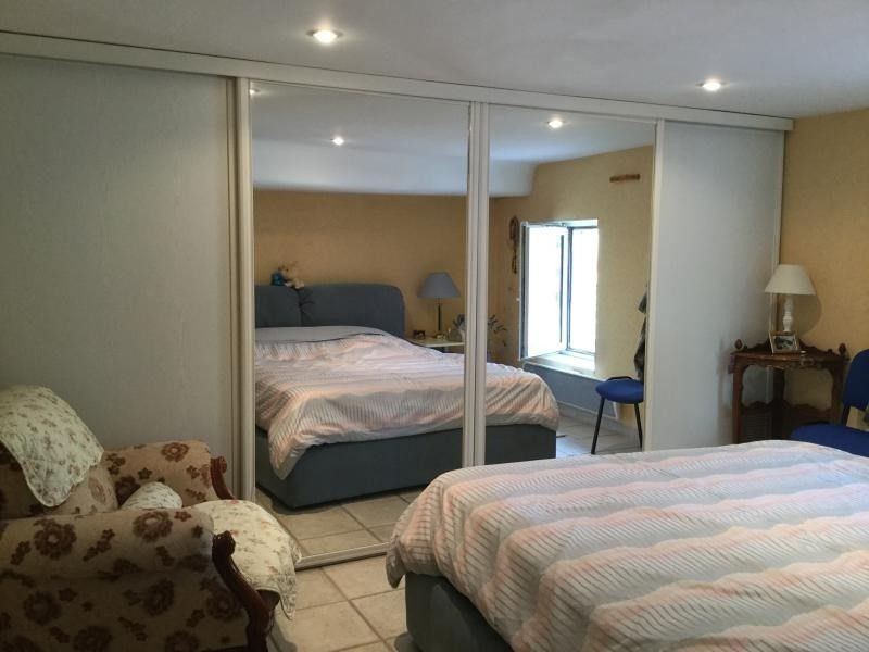 Sale apartment Lambesc 259000€ - Picture 4