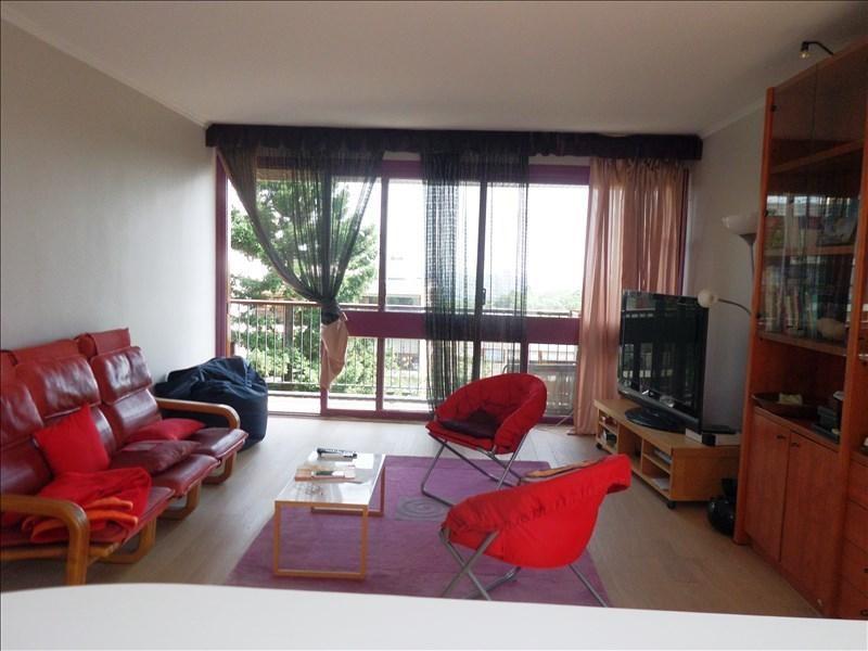Sale apartment La celle st cloud 355000€ - Picture 1