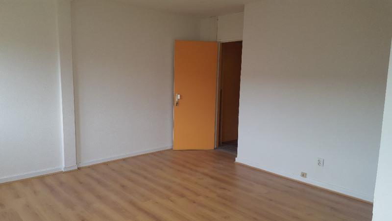 Rental apartment Strasbourg 360€ CC - Picture 1