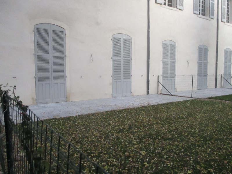 Verhuren  appartement Nimes 752€ CC - Foto 1