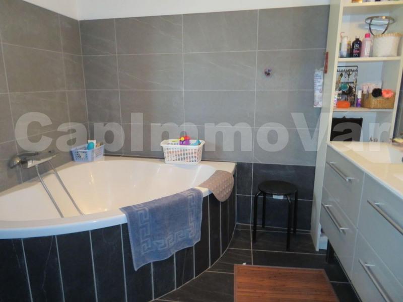 Sale house / villa Le beausset 286000€ - Picture 5