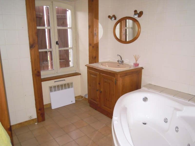 Sale house / villa Sauveterre de bearn 190000€ - Picture 8