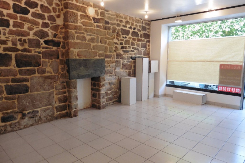 Location local commercial Pont l abbe 600€ HC - Photo 1