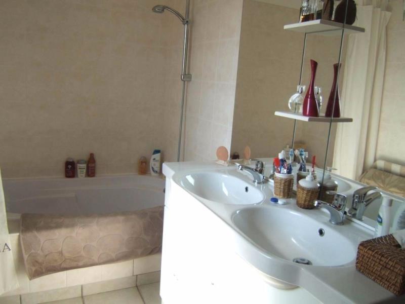Rental house / villa Vienne 960€ CC - Picture 4