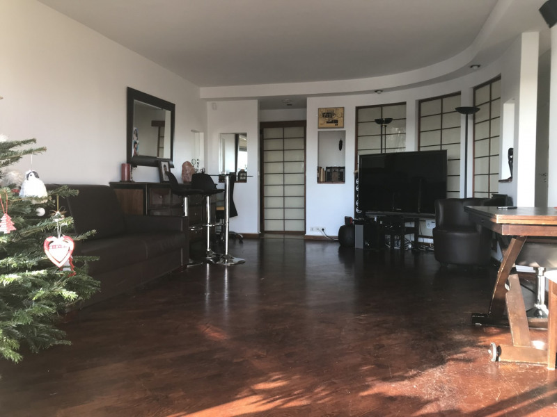Sale apartment Courbevoie 629 000€ - Picture 2