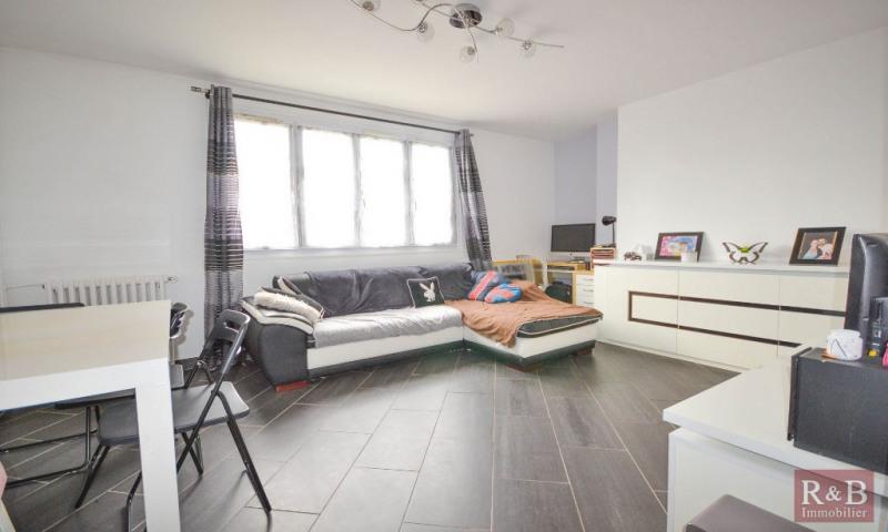 Sale apartment Les clayes sous bois 172000€ - Picture 1
