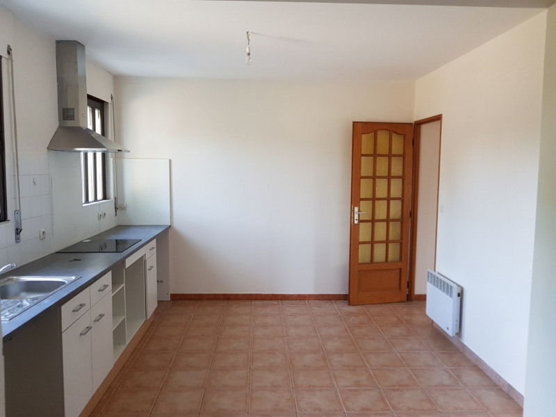 Location maison / villa Cabanac-et-villagrains 850€ CC - Photo 6