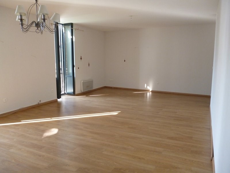 Location appartement Tarbes 720€ CC - Photo 3